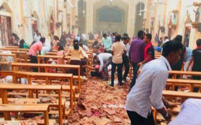 Explosões do Sri Lanka matam mais de 200 pessoas  dentro de uma igreja catolica