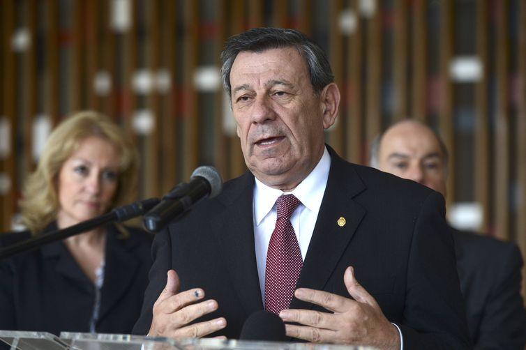 Ministro das Relações Exteriores do Uruguai,  anunciou que pode deixar o TiarUruguai abandonará tratado caso aprovem intervenção na Venezuela