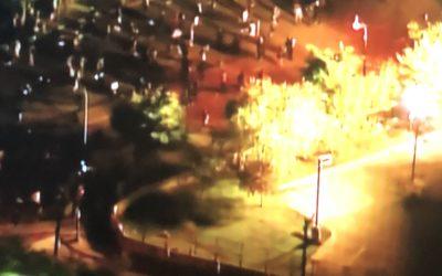 Manifestantes incendeiam QG da polícia em Minnesota