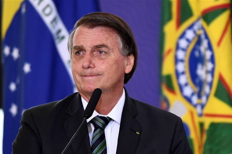 Bolsonaro, do Brasil, sabotou esforços anti-COVID-19, diz Human Rights Watch