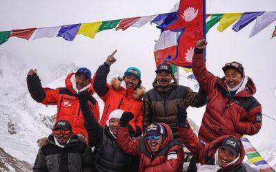 Alpinistas nepaleses alcançam o topo do K2 no inverno pela primeira vez