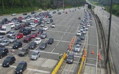 Em SP, mais de 149 mil veículos descem a Serra em último fim de semana sem restrições