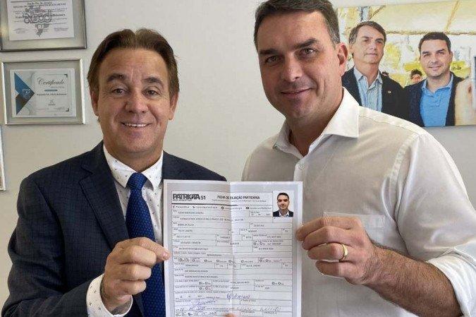 Presidente Jair Bolsonaro se filiará ao Patriota, anuncia Flávio